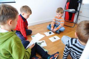 deca na kursu stranih jezika linguistico